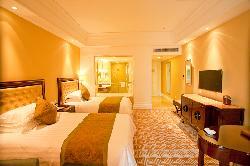 Sandia Hotel