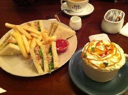 Ai WuWu MeiShi Café