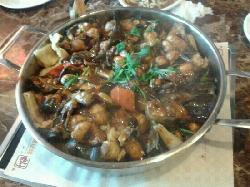 HuangJiHuang Three-Sauce Simmer Pot (Dong HuaShi Main Street)