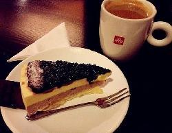 Le Vila Cafe Bistro (ZhongXin Plaza)