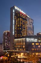 Wyndham Grand Plaza Royale Colorful Yunnan Kunming Hotel