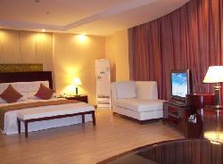 Golden Leaf Hotel