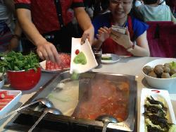 Haidilao Hot Pot (Haining Road)
