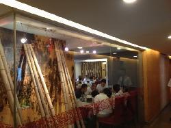 东方饺子王(工农大路总店)