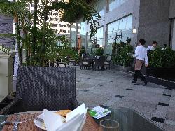室外餐厅环境不错