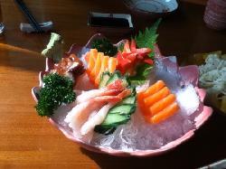 Song He Japanese Restaurant (ShaMen FanRong)