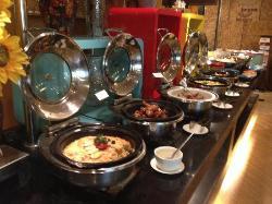 Swiss Cities Applaud Celebrity Inn Restaurant