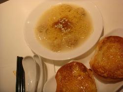 盛湖SOHO港式茶餐厅(解放路万达店)