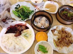 Xiang Gang Yi Ge Yun Tun Mian Shi Jia