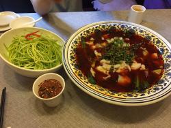 QiShiErXing MinSu Restaurant (Sha PingBa)