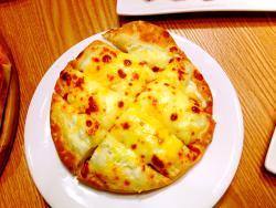 Re Ya Pizza Restaurant
