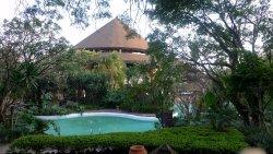随便说下,酒店好几个泳池哈