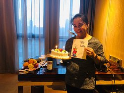 It's a great experience to be in Wanda Vista hotel at Taiyuan on my very special day! The staffs Maria Zhao and Sunny Wu prepared a birthday cake, fruits and a bottle of wine to make my day memorable. Also, it's great to be a guest in this hotel because of their fantastic service. I recommend this hotel to anyone on business or holiday!