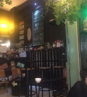 Roadway Cafe & Beer