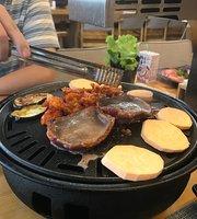 Yuechengjia Barbecue Bar