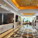 モナーク スカイライン ホテル