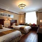 Diao Hua Lou Hotel