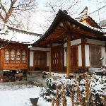 大雪下的guest house