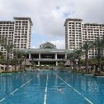酒店泳池和中间部位
