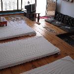 超大凉台、阳光充足、空气新鲜、适度为拉萨最好的院落(榻榻米,自由个性空间,1-6人可住)