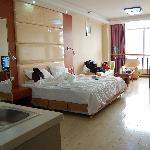Yiya Sunny Hotel (Kunming Dazhen)