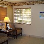 candlewood suites irvine spectrum lobby_j