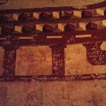 长乐公主墓里游人们胡乱刻划,损毁严重
