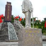 南洋华侨机工回国抗日纪念碑