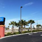 Photo of Comfort Inn & Suites Northeast - Gateway