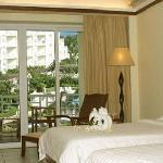Hongdian Cultural City Hotel