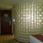 卫生间的玻璃墙
