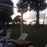 酒店沙滩的日落