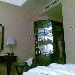 Hongrui Hotel