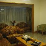 套间大客厅,非常宽敞,沙发很舒服