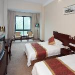 Liutong Hotel