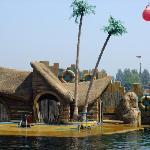 乐岛海豚表演馆
