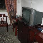 宾馆标准间内,有电视