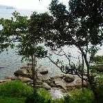 小崖上的海景