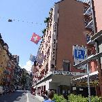 酒店所在的街道