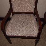 脏兮兮的椅子
