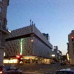 酒店外街景