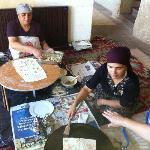酒店餐厅做大饼的土耳其大婶!