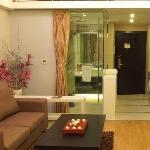 Lingzhu Hotel Apartment