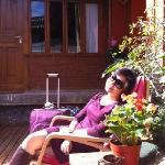 暖暖的下午在院子里晒晒太阳,喝喝茶,惬意真实的生活从此刻开始!