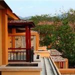 Xianjing Yulin Hot Spring Hotel