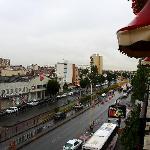 在France Hotel的阳台上