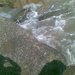 大沙湾的礁石,海浪很美