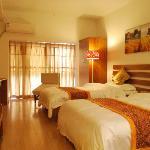 Longyue Apartment Hotel