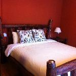 舒适的大床 细心的靠垫 以及让你想把自己包裹起来的大被子