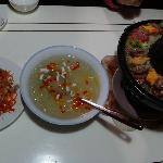 炒棕包、甜品、土锅子